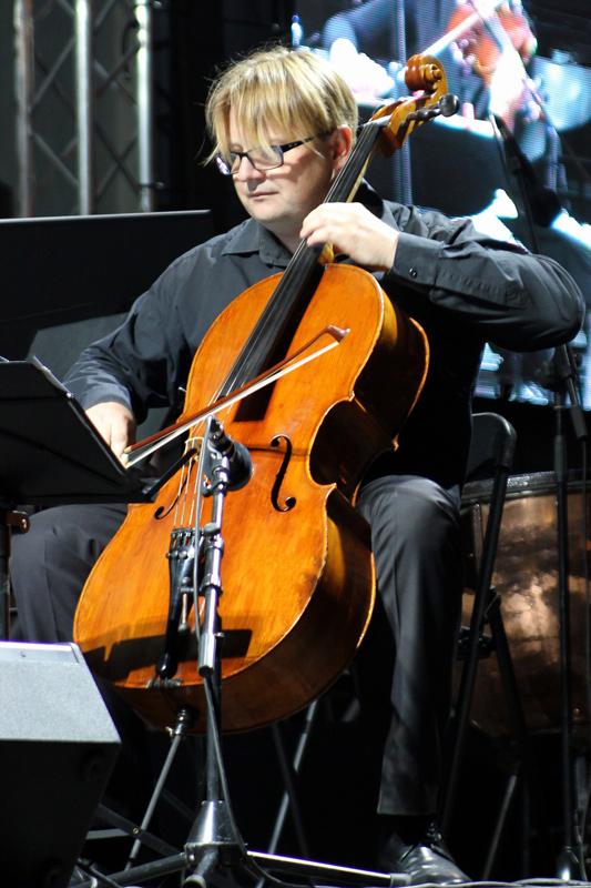Michael Lech cello Venice street wiolonczelista